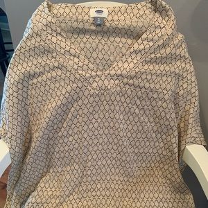 NWT cream with black pattern top